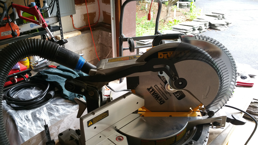 3D printed Miter Saw to vacuum hose adapter